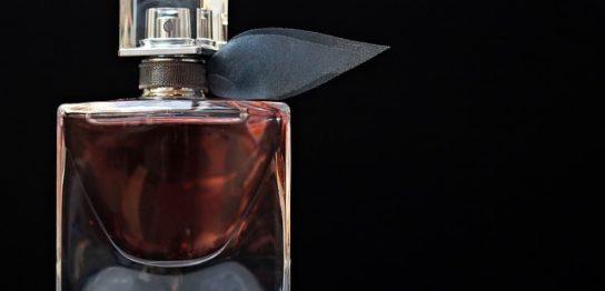 化粧品・香水の中国語ネーミング